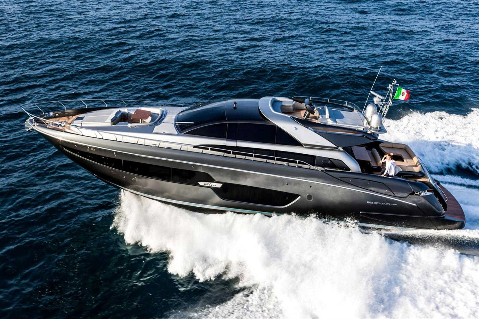 Riva-Yacht-for-Sale-Paint-Color-Regal-Silver