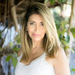 Alexandra Tovar