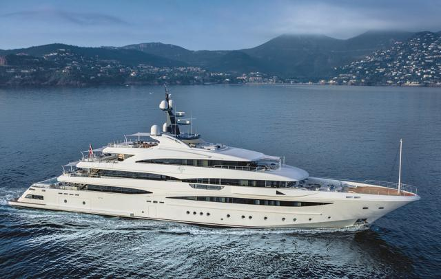 crn-cloud-9-used-yacht-for-sale