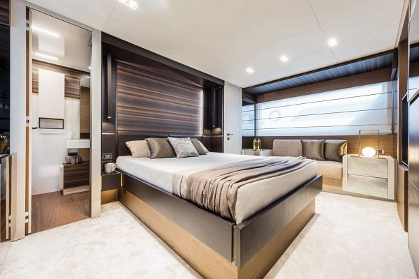 Custom Line Navetta 37 for Sale