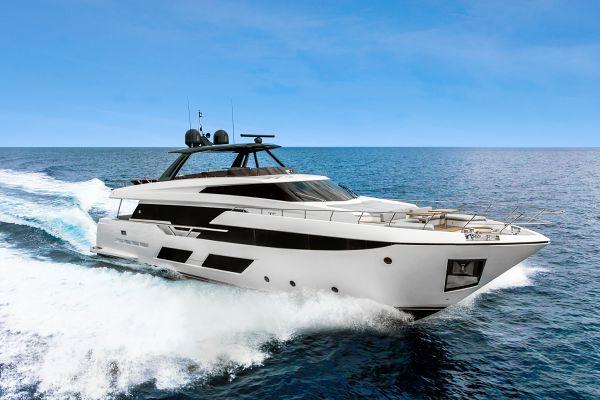 Ferretti Yachts 920 for Sale