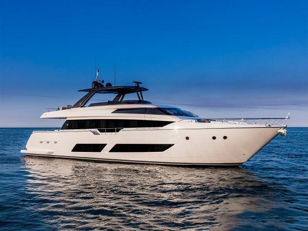 Crazy 2019 Ferretti Yachts