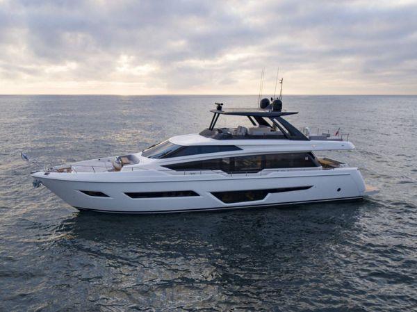 Ferretti Yachts 780 for Sale