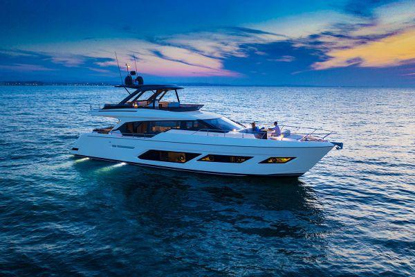 Ferretti Yachts 720 for Sale
