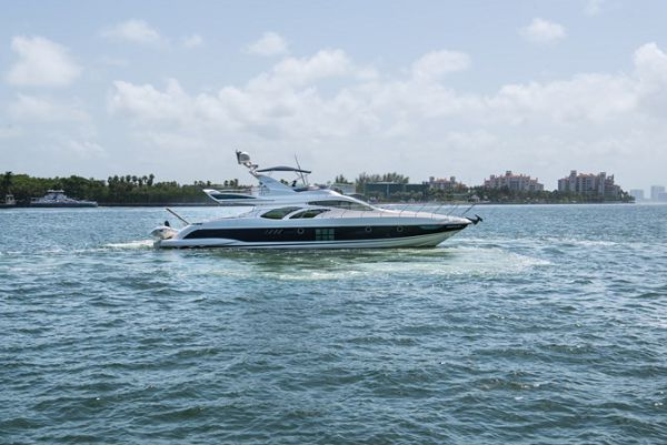 Whatever 2008 Azimut 400,000