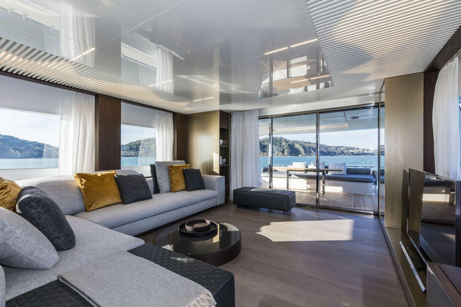 Ferretti Yachts 850 Salon - New Luxury Yacht for Sale >