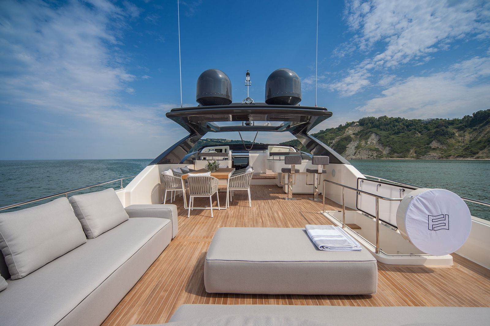 Ferretti Yachts 960 Interior - New Luxury Superyach for Sale >