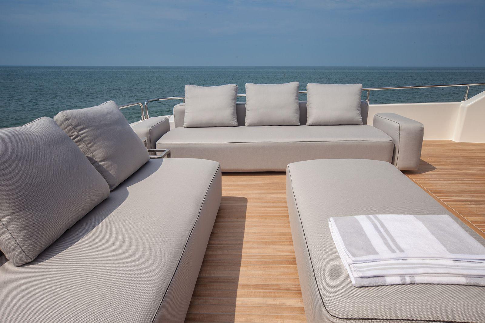 Ferretti Yachts 960 Flybridge - New Luxury Superyacht for Sale >