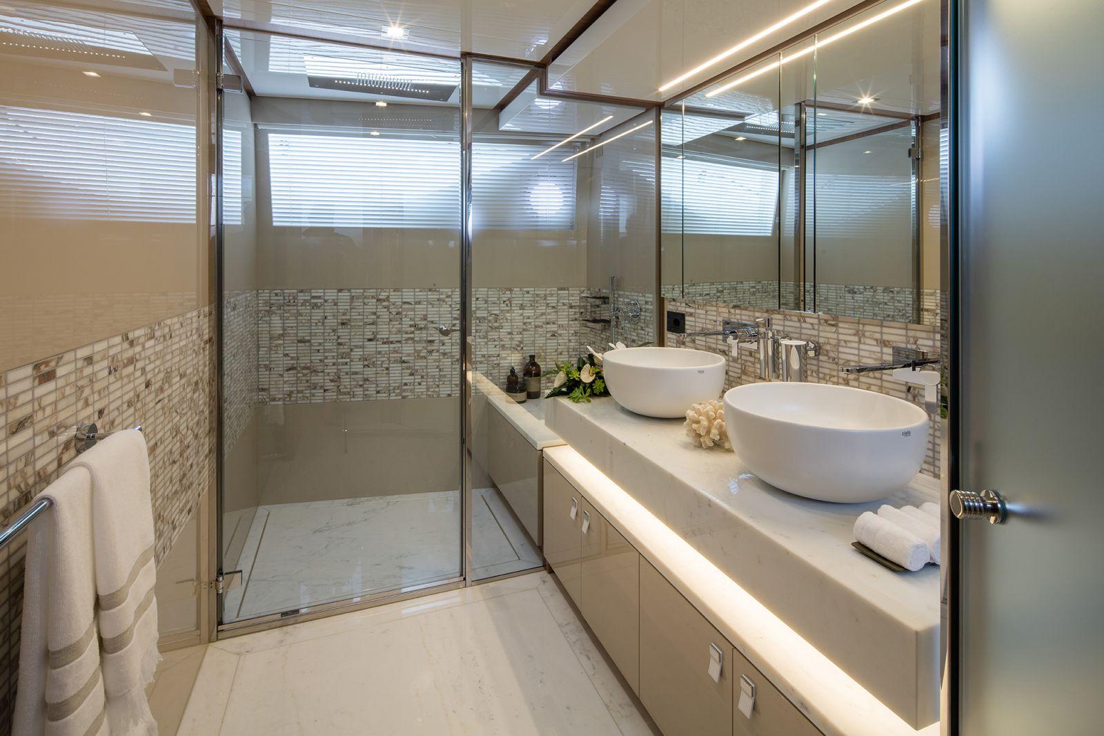 Ferretti Yachts 960 Head - New Luxury Superyach for Sale >