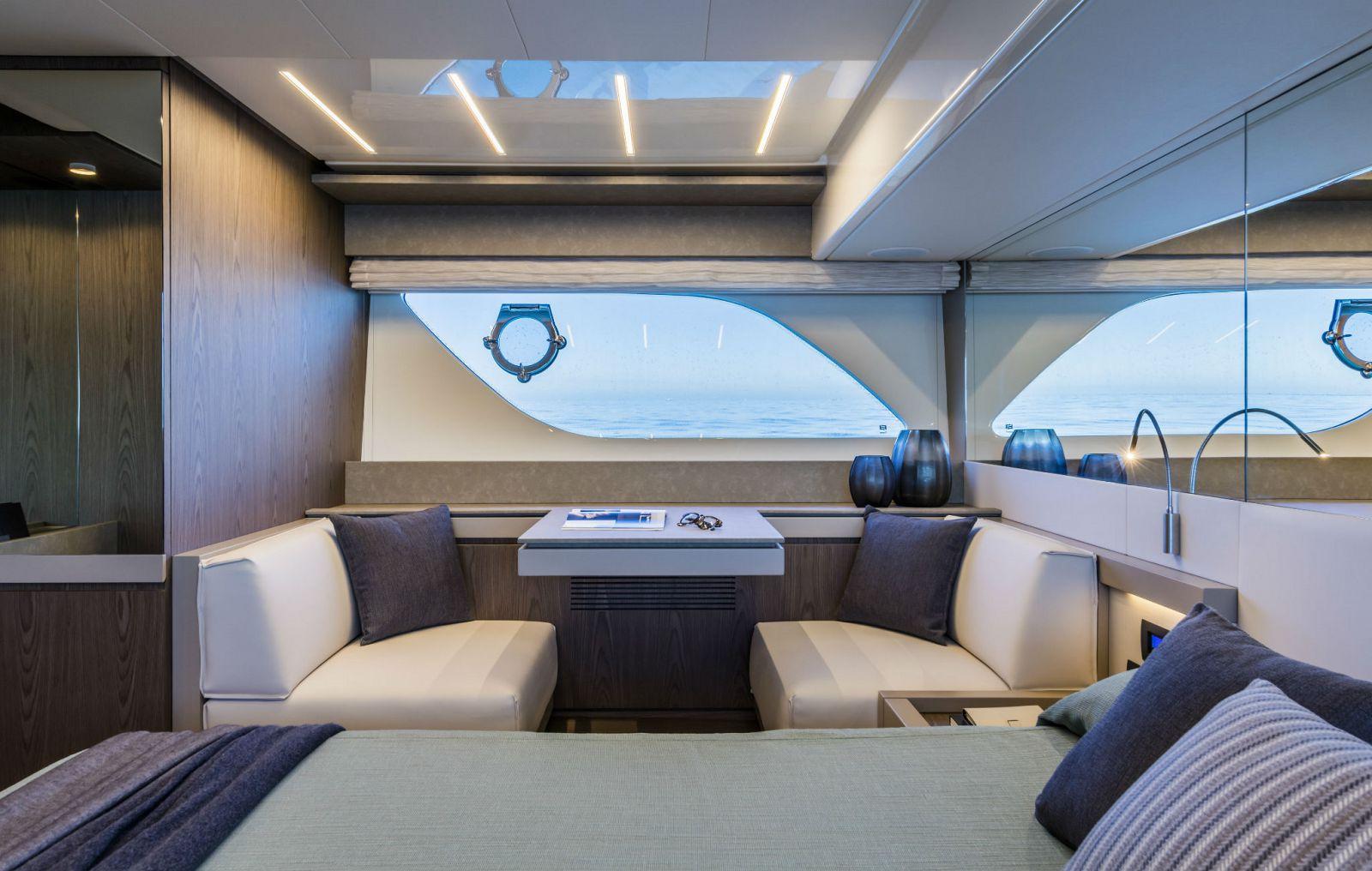 Ferretti Yachts 550 Cabin - New Luxury Yacht for Sale >