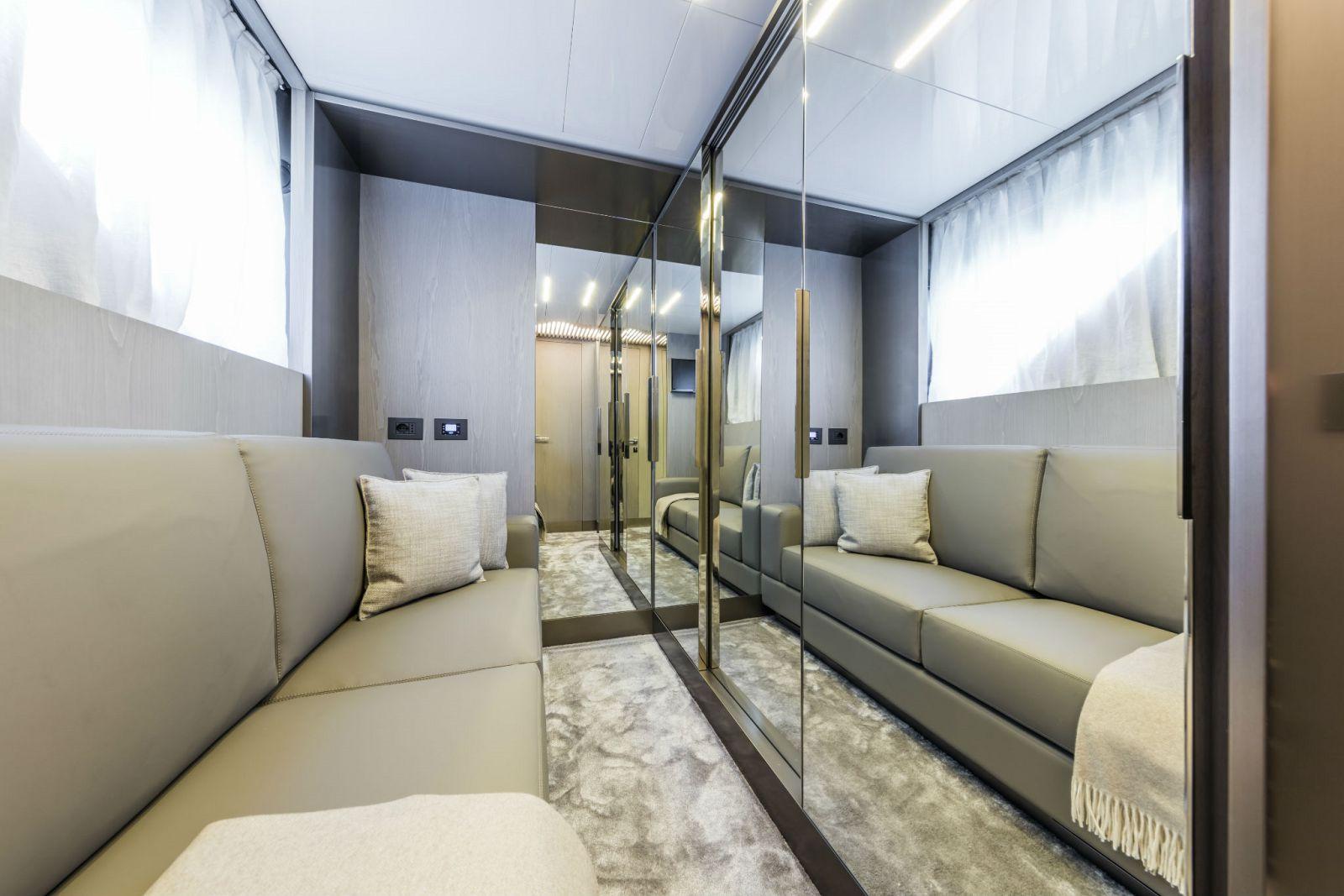 Ferretti Yachts 850 - New Luxury Yacht for Sale >